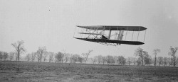 Wright Brothers early biplane flight